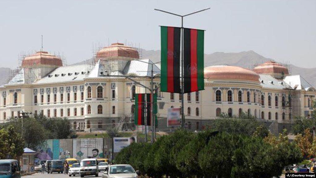 Photo of مخالفت دو تن از نامزدان انتخابات ریاست جمهوری با برگزاری جشن استقلال