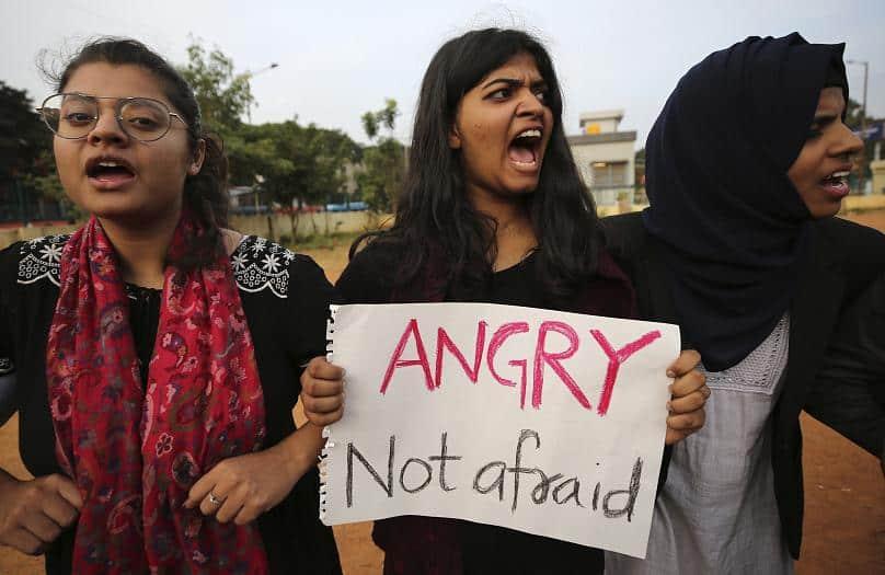 Photo of هند؛ پنج نفر دیگر در اعتراضات به قانون اعطای شهروندی جان باختند