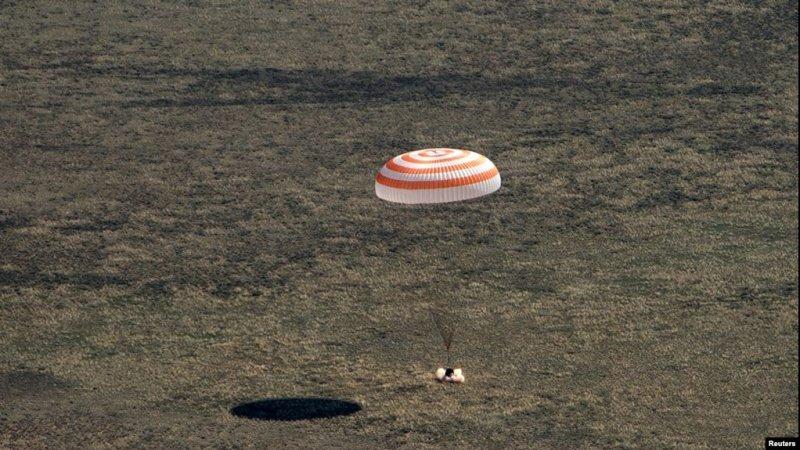 Photo of فضاپیمای «سایوز» در قزاقستان بر زمین نشست