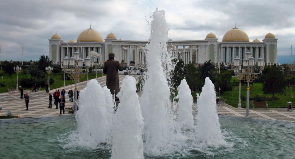 Photo of ترکمنستان به مناسبت ماه رمضان به افغانستان کمک غذایی ارسال میکند