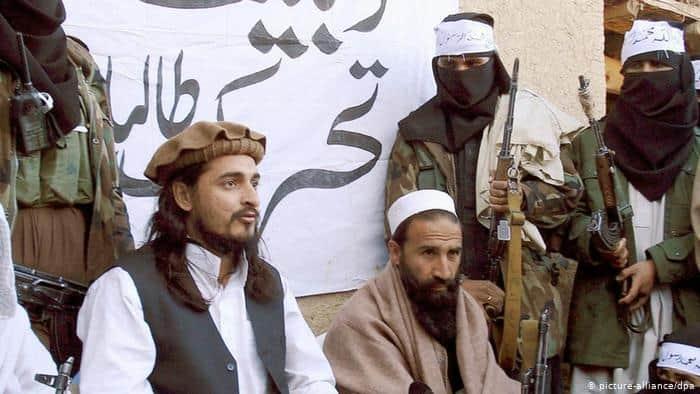 Photo of پاکستان درگیر با کرونا و طالبان