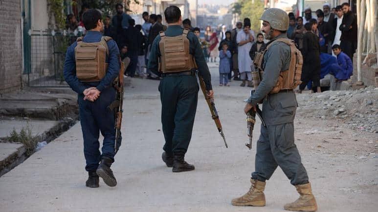Photo of کشته شدن دستکم ۶ تن در تجمع اعتراضی به نحوه توزیع کمک در ولایت غور