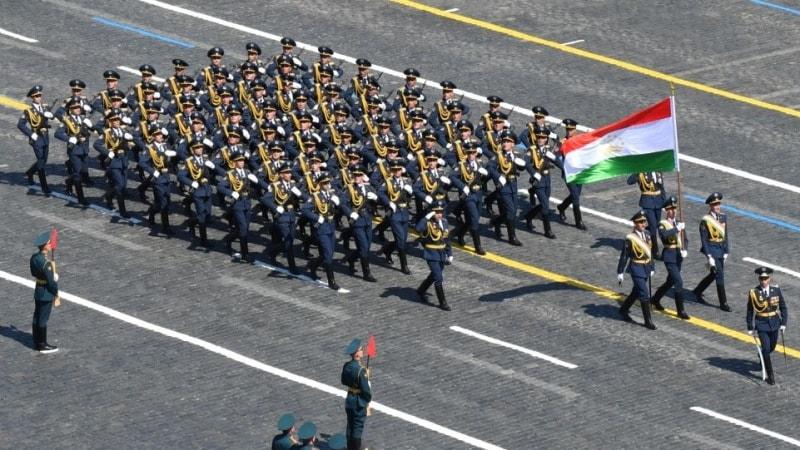 Photo of شرکت سربازان تاجیکستانی در مراسم رژه در مسکو