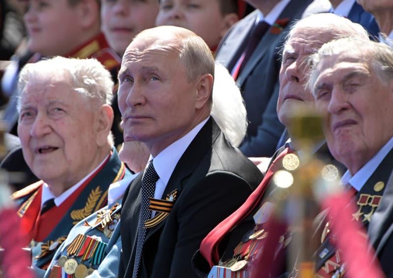 Photo of تلاش سرنوشتساز «پوتین» ۶۷ ساله برای بقای قدرت